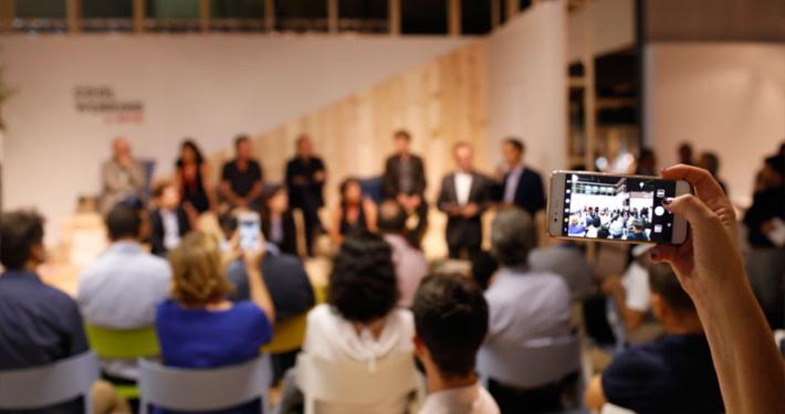 primer-encuentro-entre-empresas-premio-nacional-de-diseno-en-feria-habitat-3_782_651